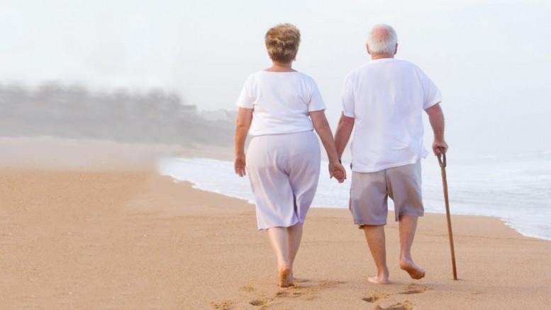 HealthLoop__beachwalk