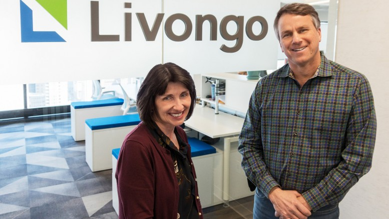 Livongo Health CEO Glen Tullman (right) with Retrofit CEO Mary Pigatti at Livongo's Chicago office. (PRNewsfoto/Livongo Health)
